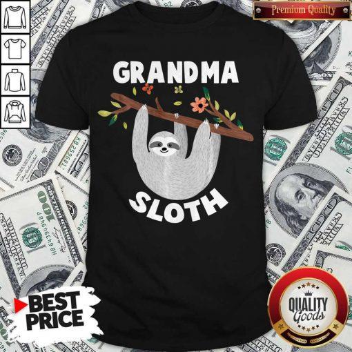 Grandma Sloth Matching Family For Men Women T-Shirt