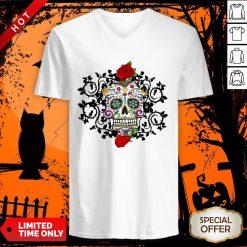 Sugar Skull And Roses Dia De Los Muertos V-neck