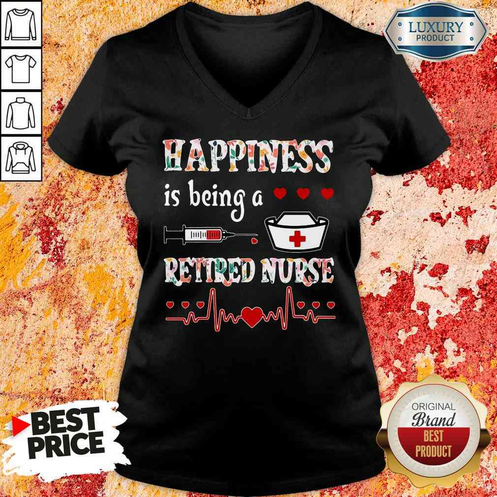 Awesome Happiness Is Being A Retired Nurse V-neck-Design By Soyatees.com