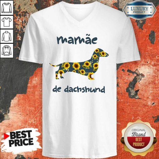 Funny Mamae De Dachshund V-neck-Design By Soyatees.com
