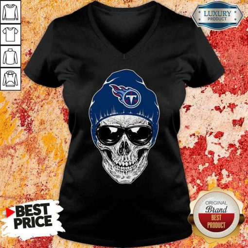 Good Nfl Tennessee Titans 079 Skull Rock With Beanie V-neck-Design By Soyatees.com