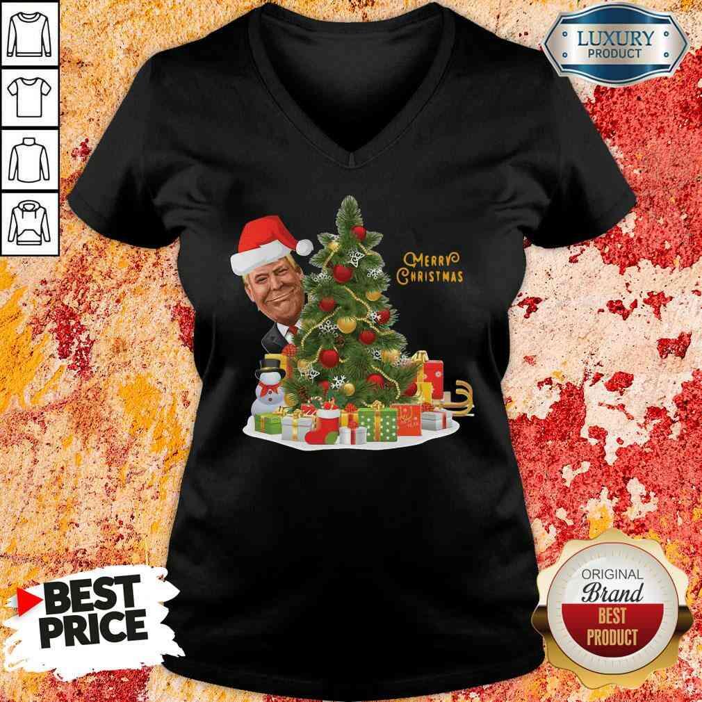 Nice Donald Trump Merry Christmas Tree V-neck-Design By Soyatees.com