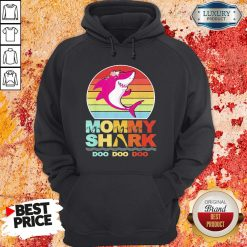 Pretty Mommy Of The Baby Shark Birthday Hoodie-Design By Soyatees.com