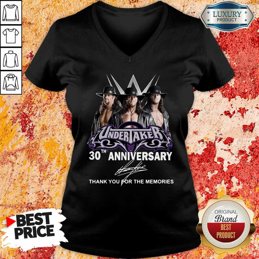Undertaker 30Th Anniversary Signature Thank You For The Memories V-neck-Design By Soyatees.com