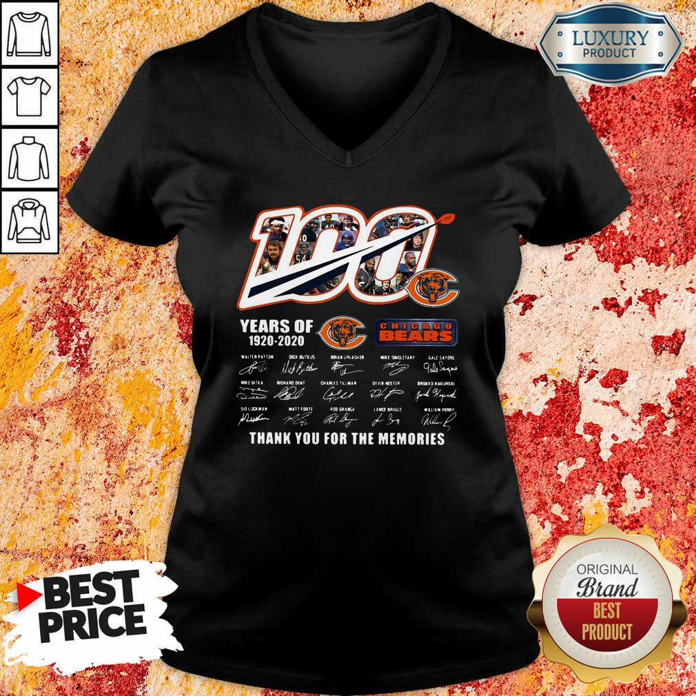 100 Years Of 1920 2020 Chicago Bears Thank For The Memories Signatures V-neck-Design By Soyatees.com
