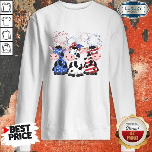 Cows Blue White Red American Flag Sweatshirt-Design By Soyatees.com