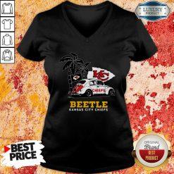 Volkswagen Beetle Kansas City Chiefs V-neck-Design By Soyatees.com