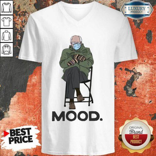Relaxed Bernie Sanders 10 Mood V-neck - Design by Soyatees.com