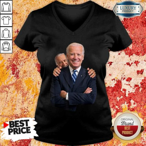 Scared Joe Biden Snif 5 V-neck