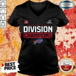Suspicious Playoffs 2020 AFC East Division Champions 4 Buffalo Bills V-neck - Design by Soyatees.com