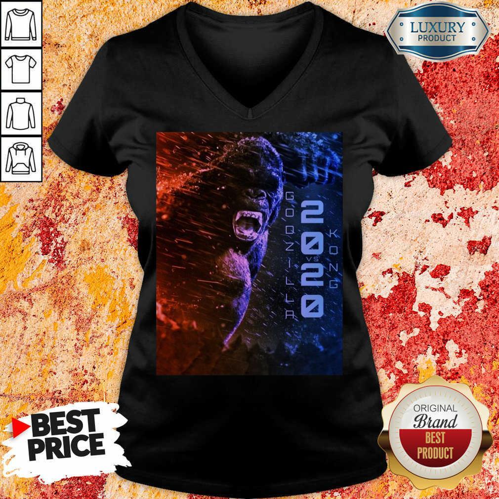 Attractive Filtrados Juguetes Ve Godzilla Vs Kong 2021 V-neck - Design by Soyatees.com
