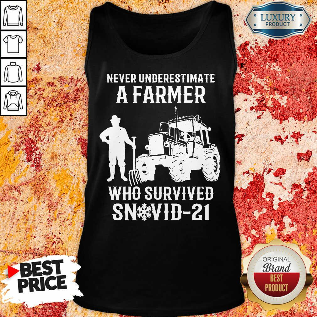 Never Underestimate A Farmer Who Survived Snovid 21 Tank Top - Design by Soyatees.com