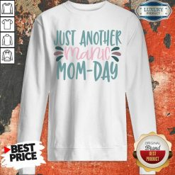 Vip Just Another Manic Mom Day Sweatshirt